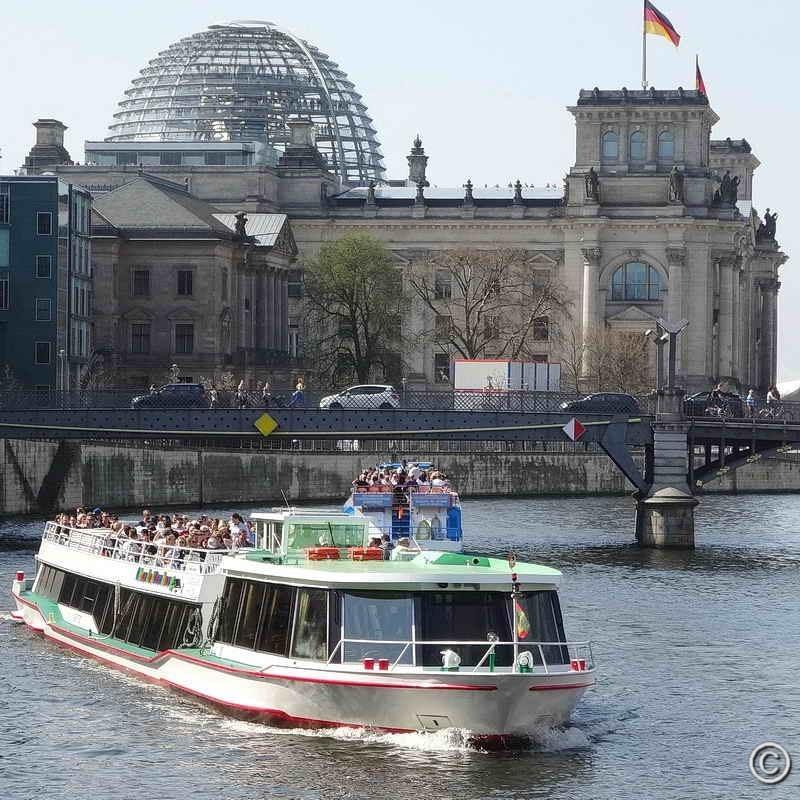 Stadtrundfahrt Berlin Spree