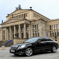 Private Berlin Tour in a sedan