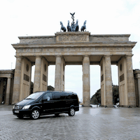 Private Berlin Tour in a Minivan