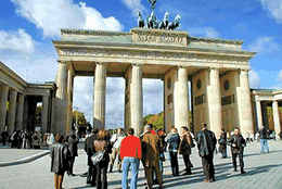 The New Berlin walking tour